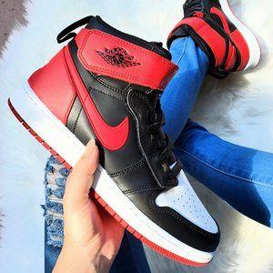 Jordan 1 High Flyease